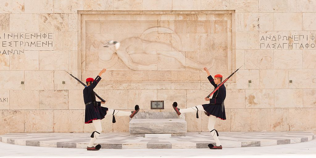 Tomb_Unknown_Soldier_Athens_Greece