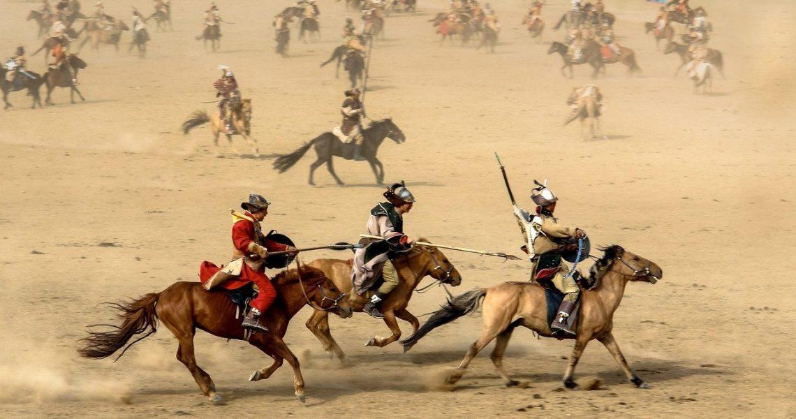horse-riding-mongols